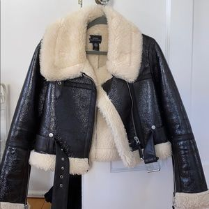 Cropped Faux Leather & Shearling Jacket